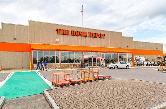 Pentucket Shopping Center